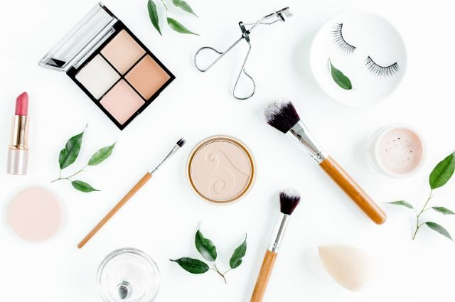 makeup tricks to look young